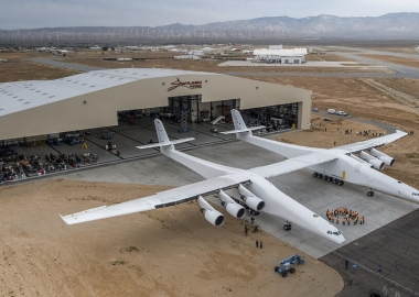 Stratolaunch takes off for the 1st time, breaks world record