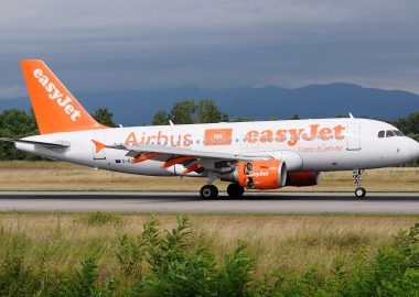 easyJet founder puts price on Airbus' head