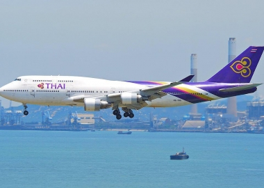 Boeing 747-4D7 HS-TGO of Thai Airways on final approach at Hong K