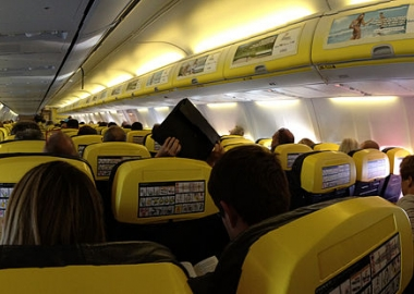 European Commission suspects Ryanair of consumer rights violation