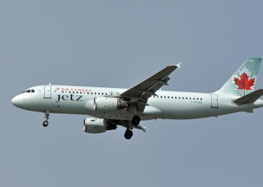 Air Canada to use business class-only A319s on commercial routes