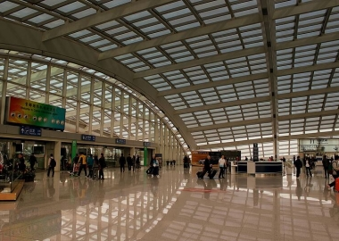 Chinese airports receive record numbers of passengers