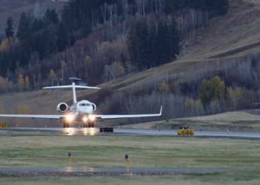 Bombardier Globals surpass 2,500 takeoffs, landings in Aspen