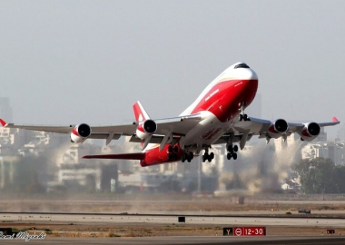 Super Tanker's B747-400 mobilized to fight Israeli wildfires
