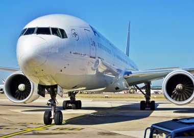 Greenpeace vandalizes Air France Boeing 777 at Paris CDG