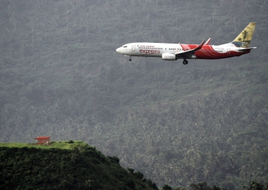 19 dead in Air India Express Boeing 737 missed landing