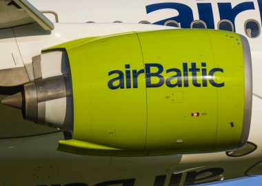 airBaltic Airbus A220 engine