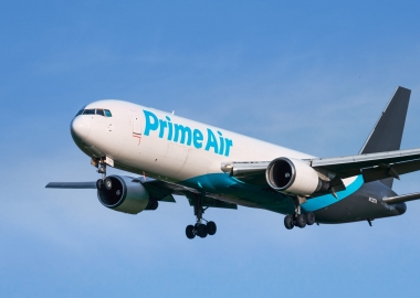 Amazon Prime Air Boeing 767 on approach at Stockton, California,