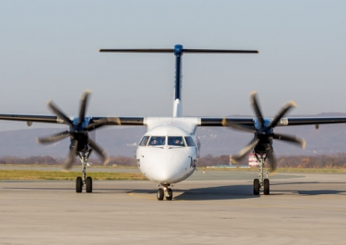 De Havilland Canada receives first firm order after sale