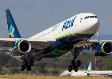 United courting Brazil's Azul for partnership with Avianca, Copa