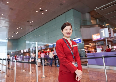 Cathay Pacific introduces new chairman, replaces John Slosar