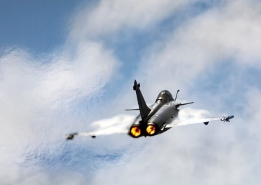 Parisians alarmed by Dassault Rafale fighter jet sonic boom