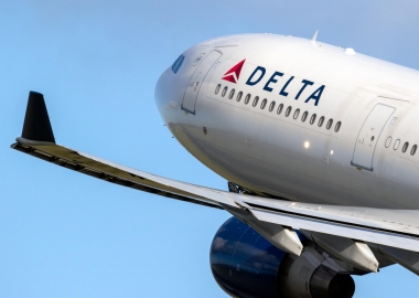 Delta Air Lines committed to block middle seat through April