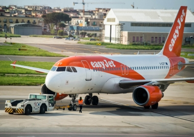 EasyJet to reduce operations in Italy
