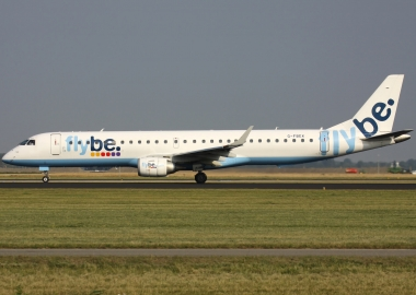 Passengers leave & re-enter Flybe Embraer E195 during evacuation