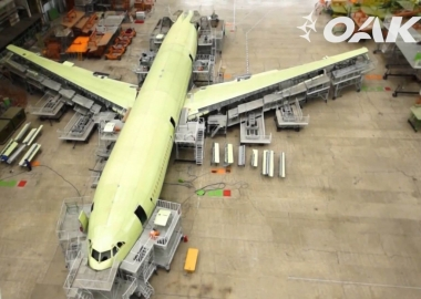 Il-96-400M under construction