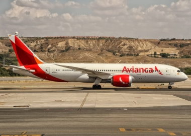 N784AV Avianca Boeing 787-8 Dreamliner departing to Bogota (BIG)