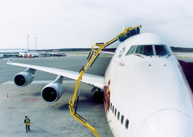 How to be eco-friendly in the aviation industry?