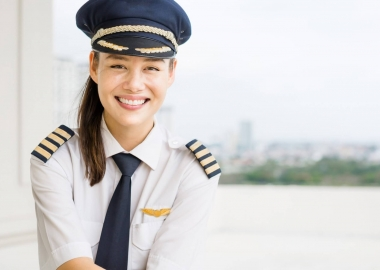 commercial pilot woman at the airport aerotime news