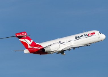 Qantas pilot sues airline over trauma from engine incident