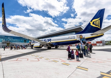 Ryanair Boeing 737 800 aircraft before flight from Santiago Spain aerotime aviation news