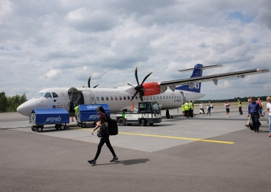 SAS ATR 72 after landing in Tallin aerotime news