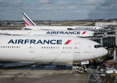France outlines strings attached to Air France $7B state loan