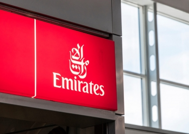 Emirates cuts 777X order, buys 30 Dreamliners instead