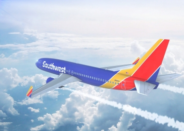 Southwest Airlines Boeing 737 on approach to runway aerotime news