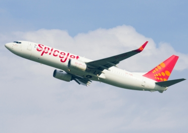 Spicejet Boeing 737 intercepted by Pakistani F-16 fighter jets