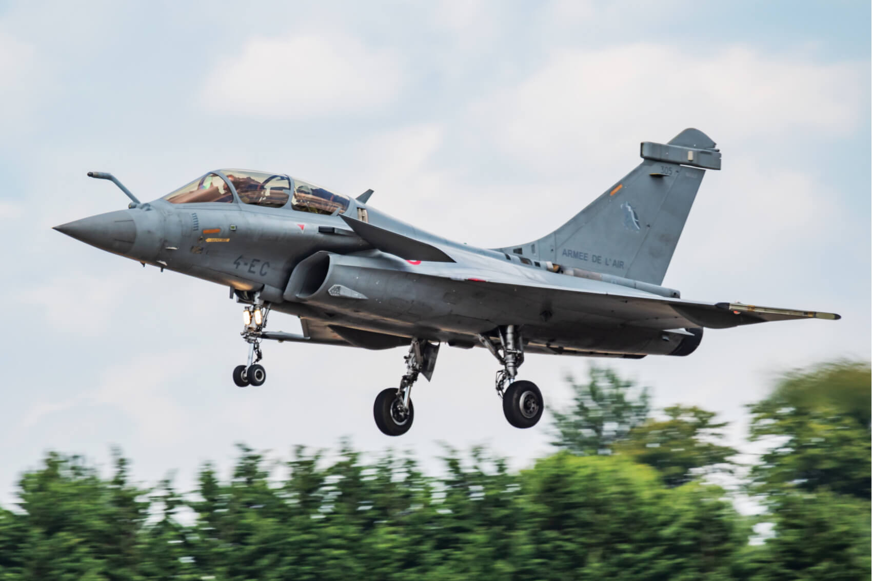 Fighter jet crash averted by defect in civil ejection incident