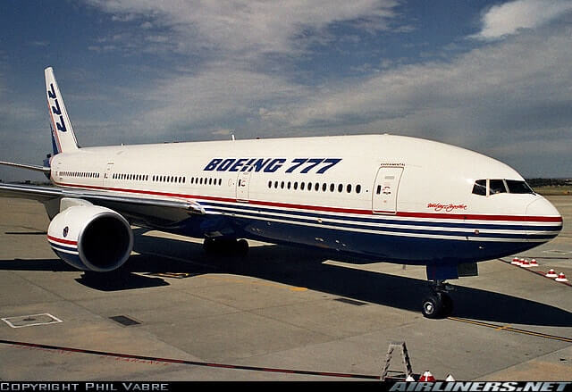 boeing 777 200 largest passenger aircraft