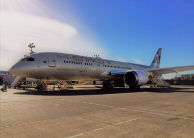 Goshawk delivers first of four Dreamliners to Etihad